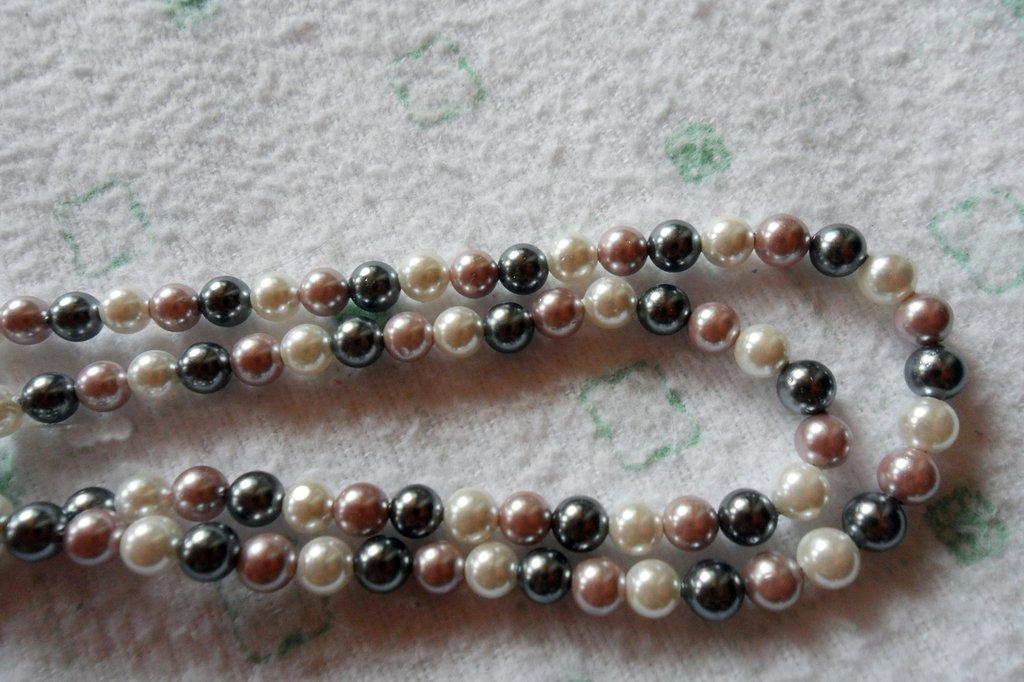 Perle di fiume tris di colori misto 4mm 50 pz