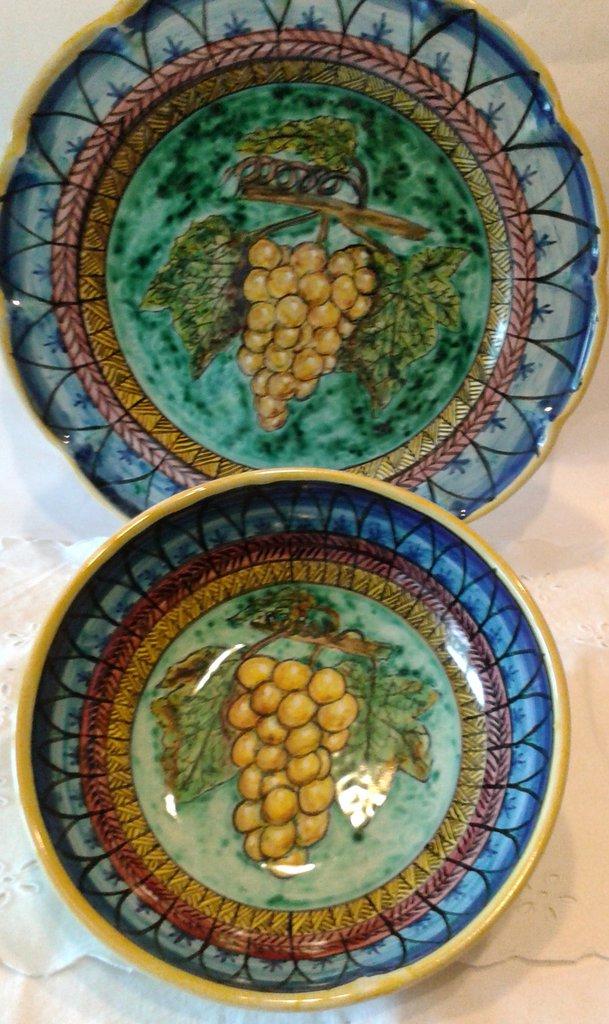 Set Piatto + Ciotola decorato a mano.Decorazione Uva