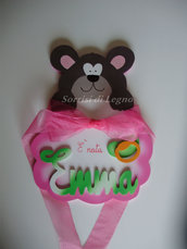 Fiocco nascita realizzato a mano in legno colore rosa