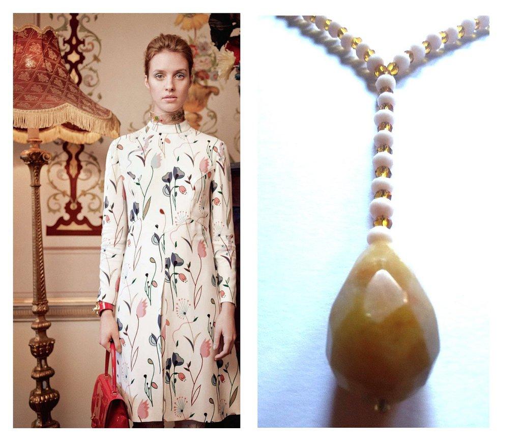 """Collana """"Drop"""" cristalli beige e marroni con pendente in pietra dura"""
