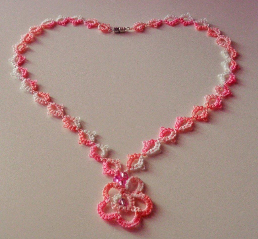 Collana fiore rosa sfumato
