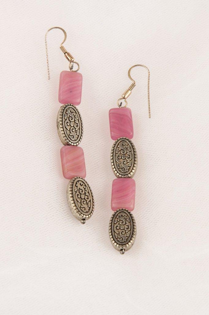 Orecchini in pasta vitrea rosa sfumata e ovali  in argento fatti a mano - Earrings glass paste faded pink and oval silver handmade.