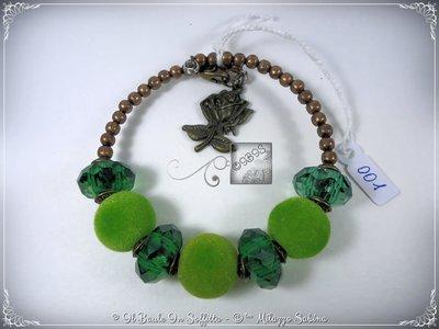 Bracciale Semirigido con perle a foro largo verdi e perline in bronzo fatto a mano