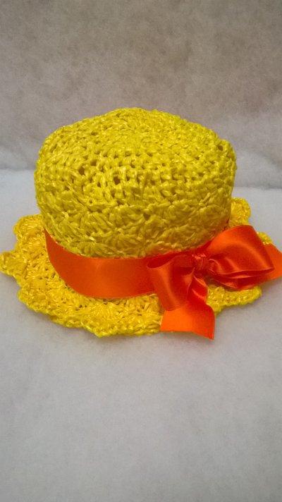 cappellino bimba in rafia