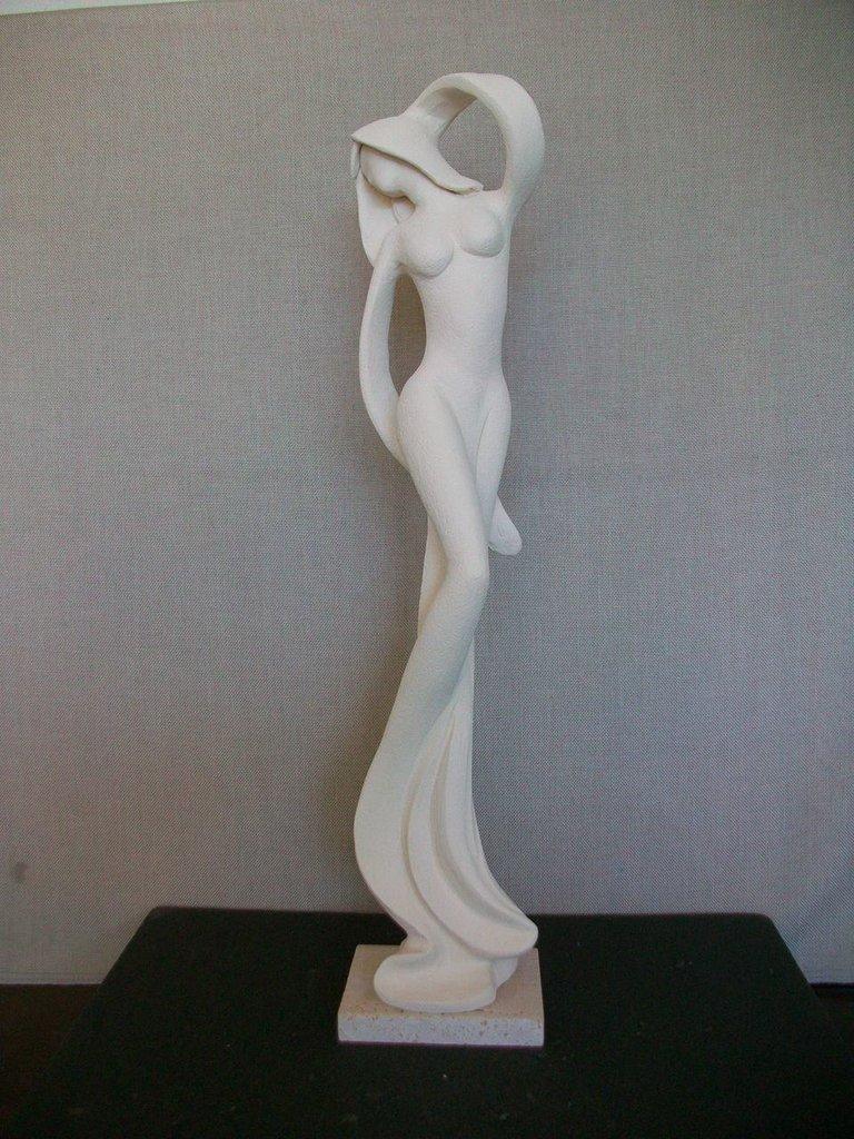 figura di donna stilizzata