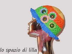 """""""Funny"""" Cappello crochet estate multicolor donna, ragazza, con fiori e bottoni"""