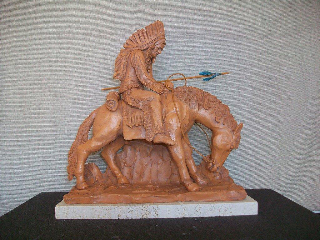 scultura in argilla