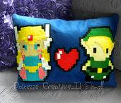 Cuscino The Legend of Zelda - Link e principessa - Pixel  cuore - HANDMADE -