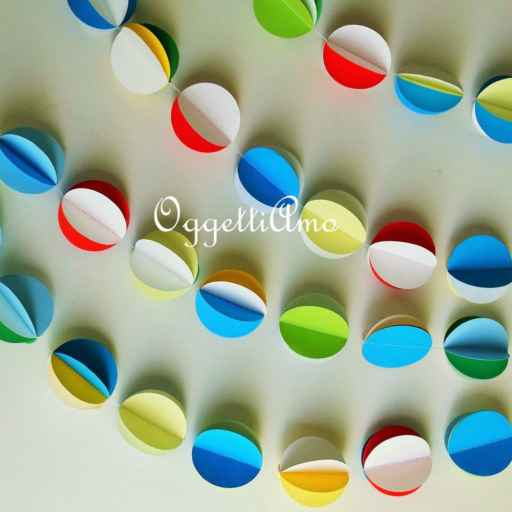 Ghirlanda di cerchi: una decorazione colorata per la festa del vostro bambino!