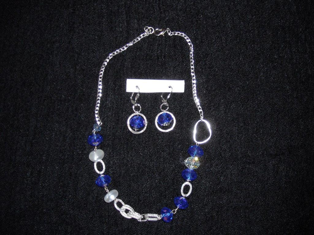 collana bluette cristalli e perle