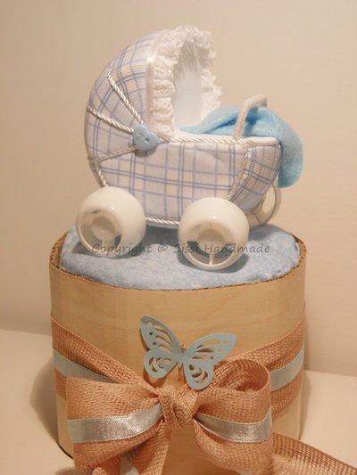 Mini cake bambino, segnaposto di pannolini con carrozzina patchwork