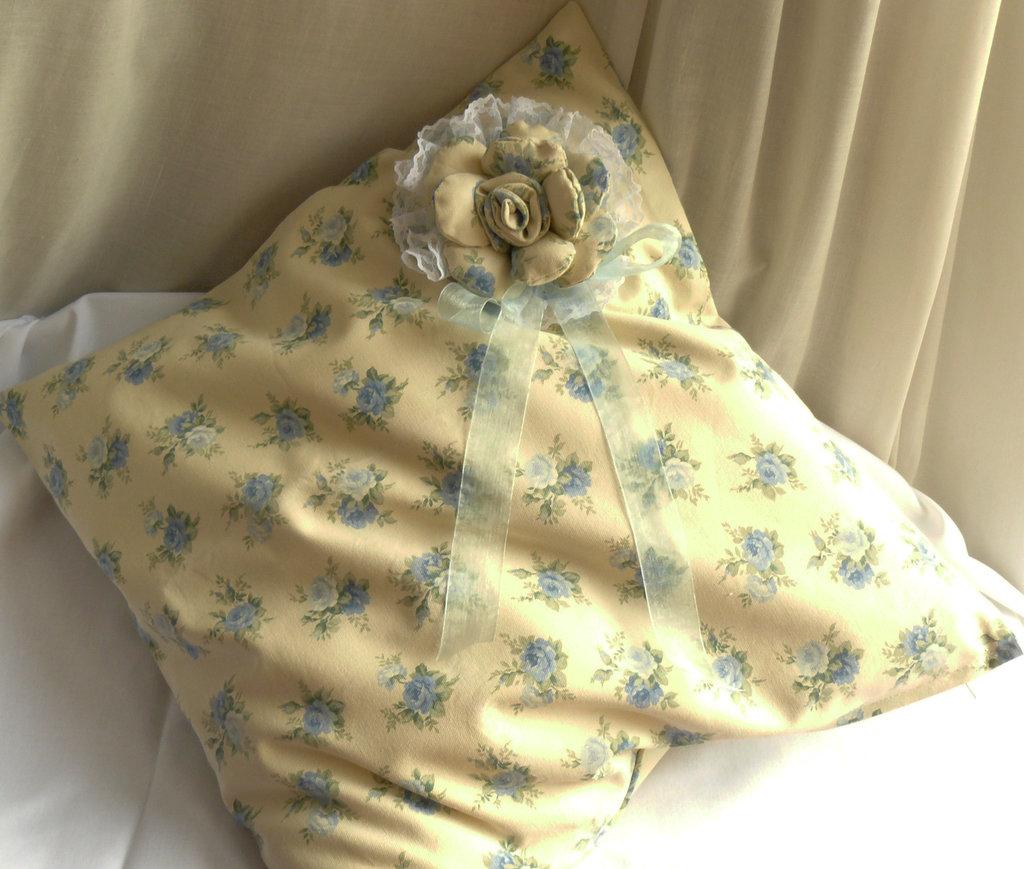 cuscino rose azzurre