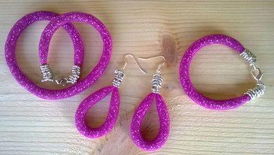 orecchini luminosi con perline