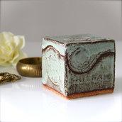 INSERZIONE RISERVATA ILARIA! Scatola cubo in ceramica, porta gioie stile indiano