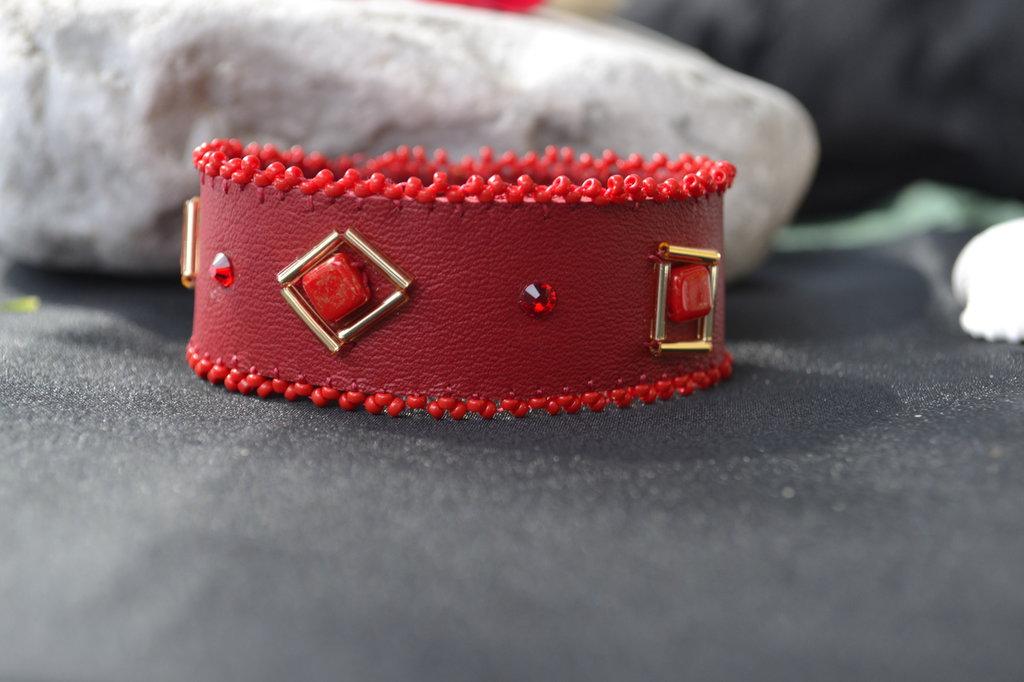 Bracciale di vero cuoio rosso