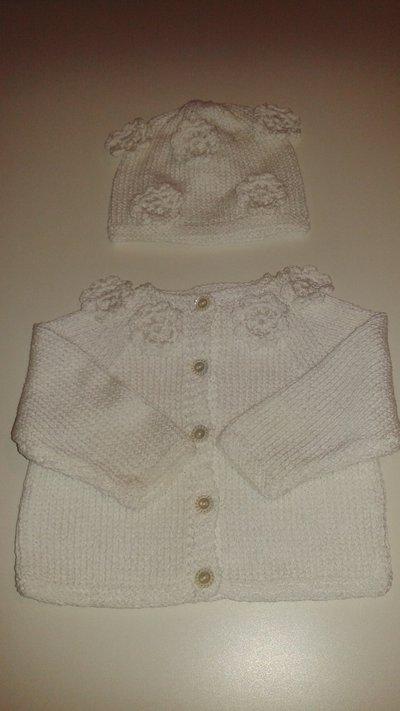 Cardigan e cappellino neonato 0/3 mesi