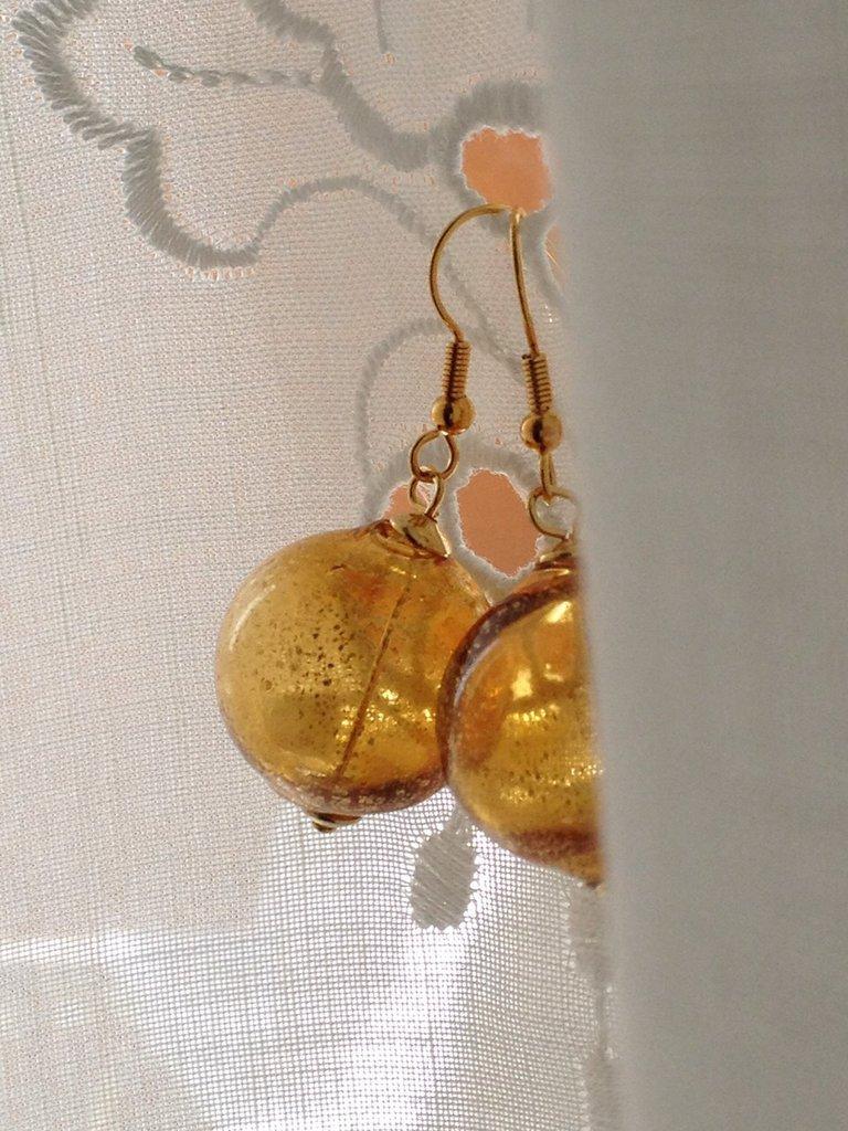 BOLLA DI SAPONE: orecchini in vetro soffiato.