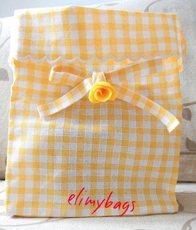 Sacchetto per il pane di lino giallo e un fiorellino di rosa♥