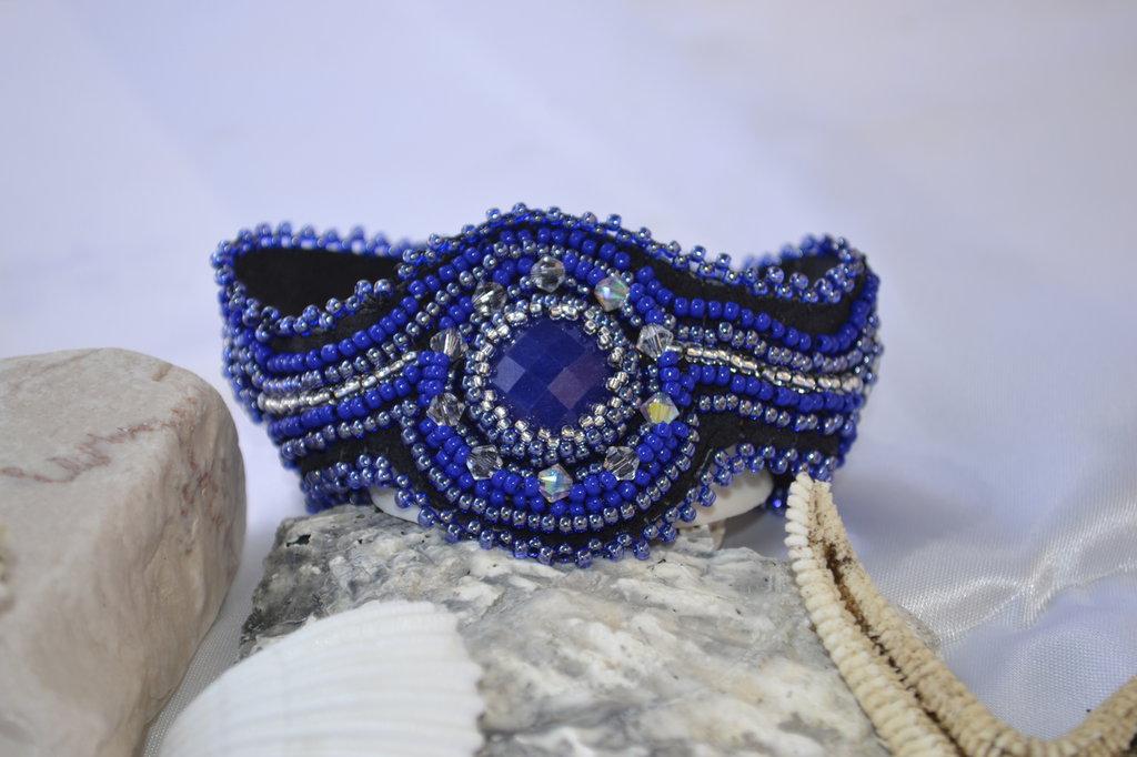Bracciale a fascia nei colori blu