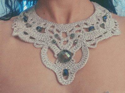 Collana argento e cristalli verde/blu
