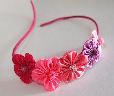Braccialetto kanzashi colore fucsia rosa
