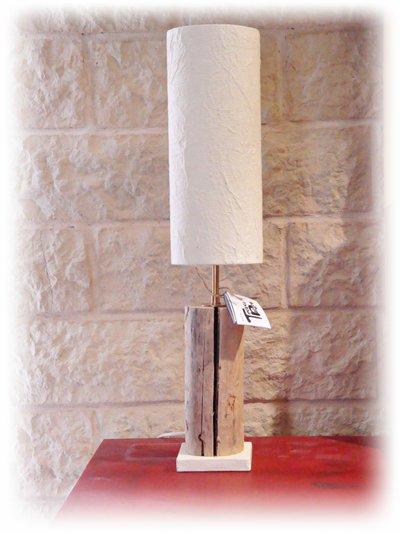Luce da tavolo BOUGIE con legno di mare