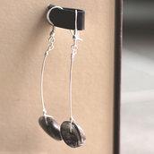 O.15.2015 - Orecchini pendenti con perle in conchiglia ispirati a Calder
