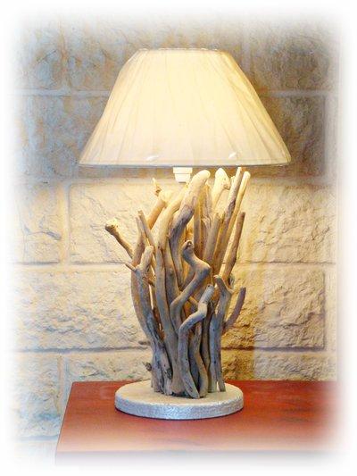FRANCESCA lampada da tavolo con legni di mare