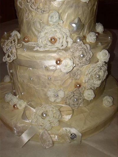 Porta buste torta