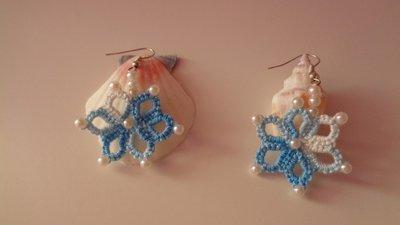 Bellissimi orecchini azzurri