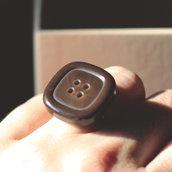 A.10.2015 - anello con bottone marrone