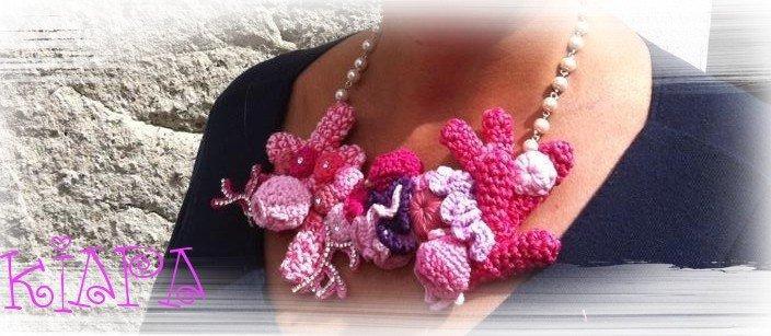 girocollo BARRIERA CORALLINA PREZIOSA in cotone , perle e swarovski