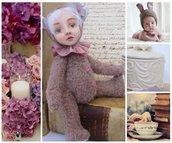 Teddy Doll con ortensia