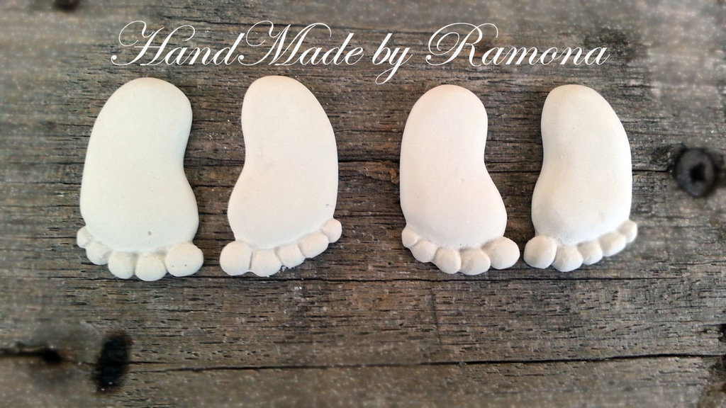 Gessetto profumato  Piedini  3x4,3 cm  24 pezzi  bomboniere, nascita,matrimonio, casa,battesimo