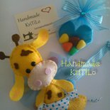 bomboniera giraffa baby in pannolenci