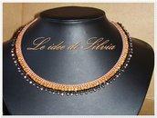 Collana in stile etnico con cristallo
