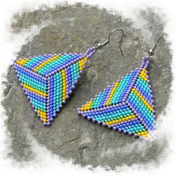 orecchini multiicolor in perline