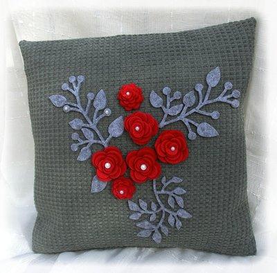 Cuscino fiori rossi