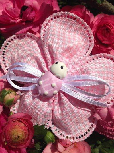 Coccinella per battesimo interamente realizzata a mano in pasta FIMO ideale per decorare le vostre bomboniere