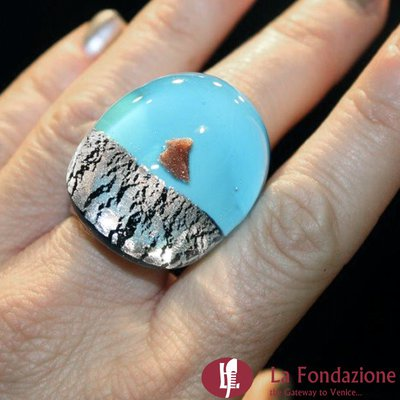 Anello a fascia Argento Rotto turchese in vetro di Murano fatto a mano