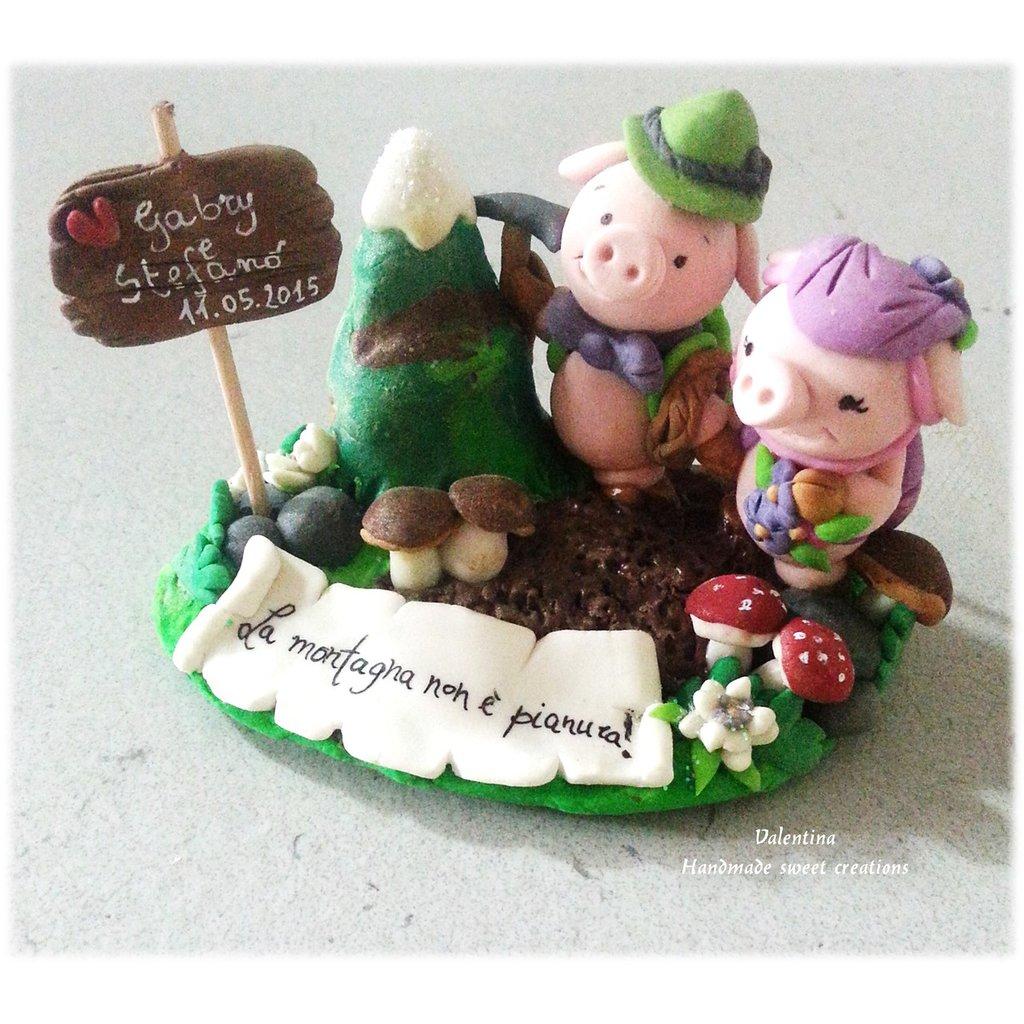 Cake topper bomboniera maialini montanari