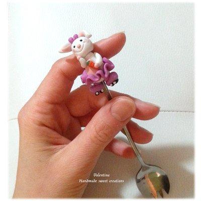 Cucchiaino forchettina cucchietta posata decorata coniglietta sui pattini