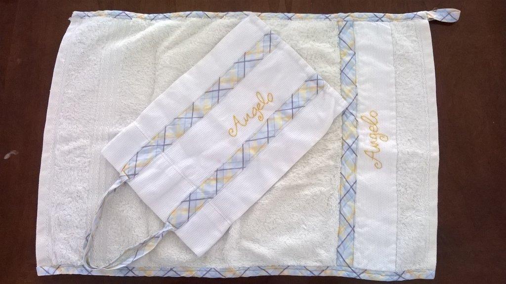 kit asciugamano personalizzato con borsetta abbinata