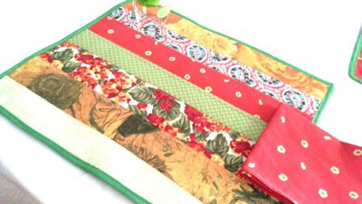 set  2 tovagliette americane patchwork multicolore verde, rosso, giallo, rosa con tovagliolo