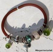 Bracciale verde  in pvc  charms e opale