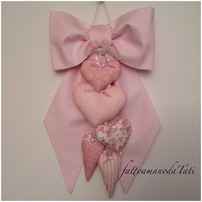 INSERZIONE RISERVATA PER CLAUDIA Fiocco nascita in piquet rosa con cuori allungati