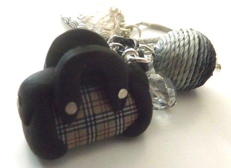 Portachiavi o ciondolo da borsetta con borsa fashion in fimo idea regalo