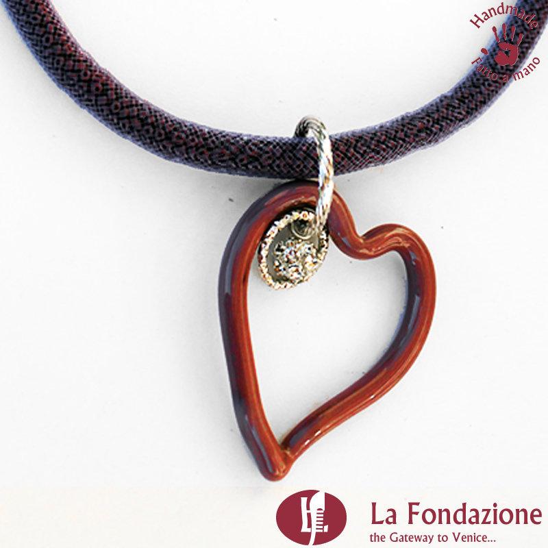 Collana Cuore con Punto Luce in vetro di Murano fatta a mano