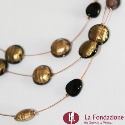 Collana 3 cavi acciaio con perle  oro in vetro di Murano fatto a mano