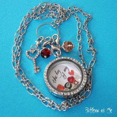 """Collana """"Key"""" con medaglione in vetro e strass, sfondo, charms e ciondoli - argento"""